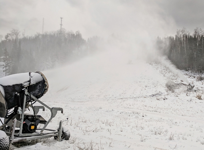 snowmaking at lutsen mountains
