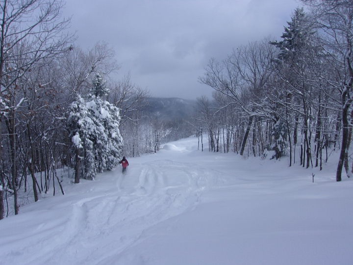 powder day at ragged mountain new hampshire