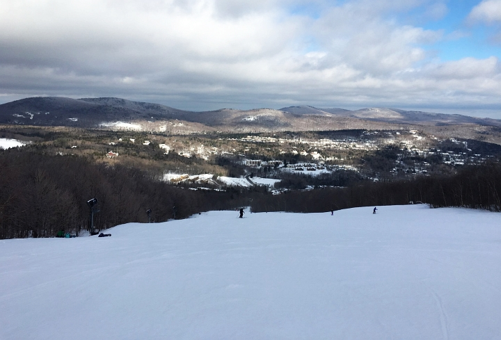 mount snow snowdance slope