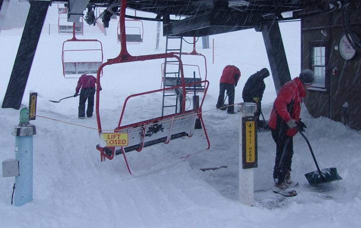 lifts closed temporarily at Ski Bradford due to too much snow
